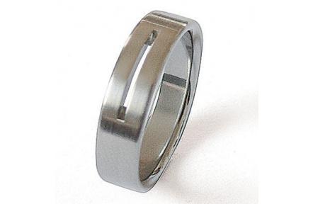 Prsten z chirurgické oceli 86025