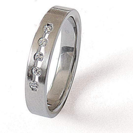 Prsten z chirurgické oceli 04025