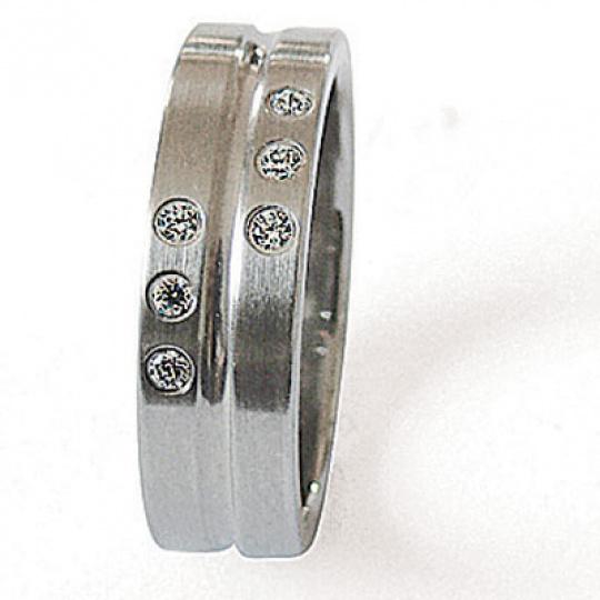 Prsten z chirurgické oceli 06118