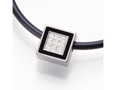 Ocelový přívěsek s diamanty TeNo De Luxx 044-50P02-D36