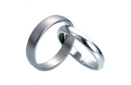 Prsten z chirurgické oceli RSS244